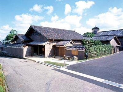 高岡市伏木北前船資料館(旧秋元家住宅)